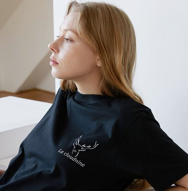Deer Logo T-shirt
